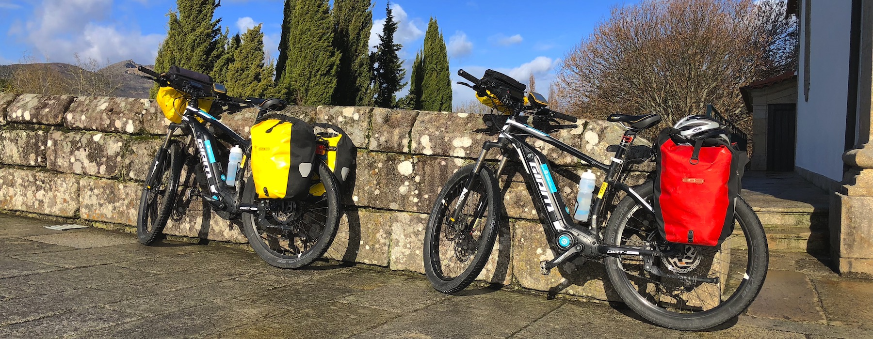 Rental Bikes with Panniers for cycle touring